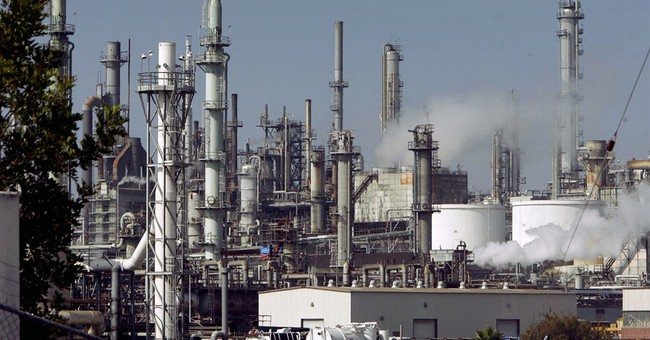 California hearing addresses oil refinery rules
