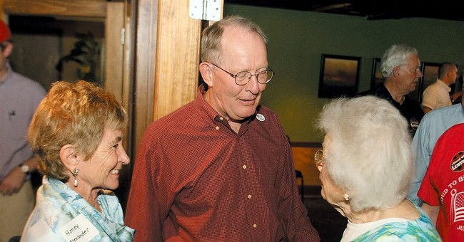 Sen. Lamar Alexander fends off tea party in Tenn.