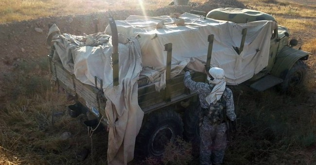 Syria militants leave Lebanese border town