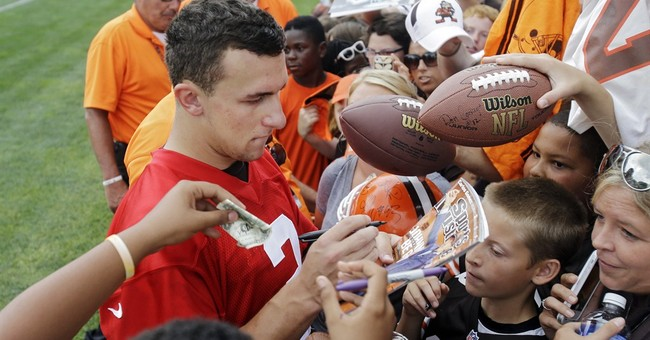 Browns to give QBs equal reps against Washington