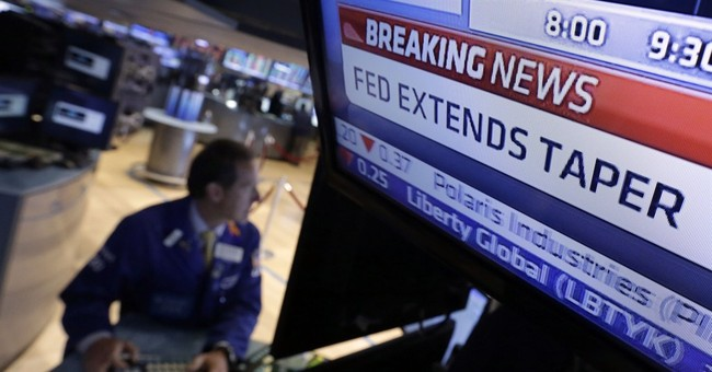 Like stocks, junk bonds show investor jitters