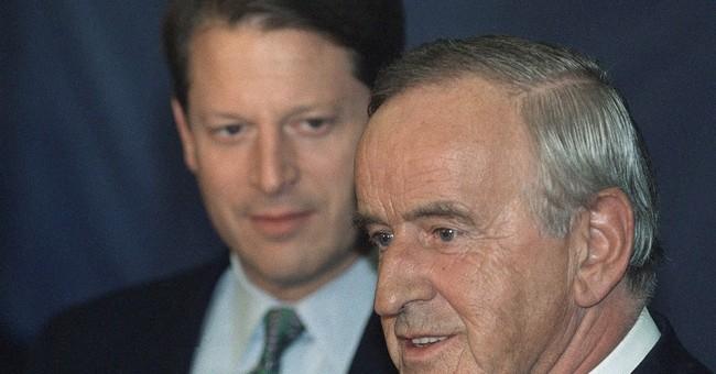 Irish peacemaker, ex-premier Reynolds dies at 81