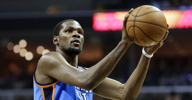 """Speech: Watch Kevin Durant Call His Mom """"the Real MVP"""""""