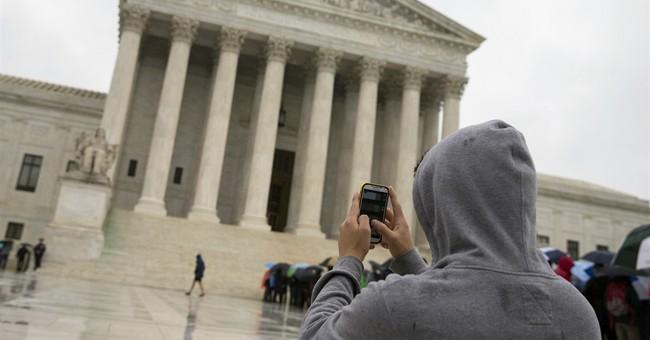 SCOTUS Strikes Down Warrantless Cell Phone Searches