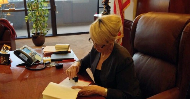 Gov. Brewer Vetoes Religious Freedom Bill: It 'Does Not Address a Specific and Present Concern'