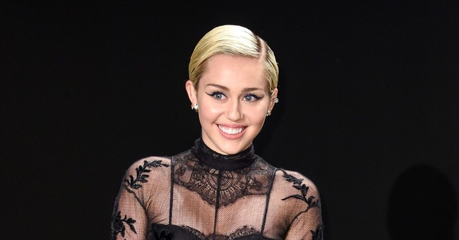 Miley Cyrus Threatens to Leave America if Donald Trump is Elected