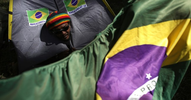 Top Brazil Court Allows Impeachment Vote to Proceed Sunday