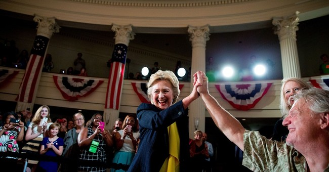 Clinton using Republican convention to spur voter signups