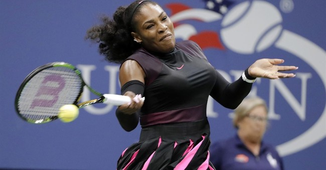 Serena advances at US Open with record 307th Grand Slam win