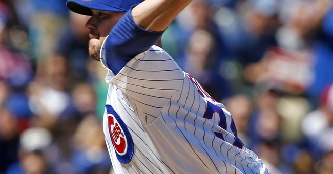 Ace showdown: Bumgarner, Giants knock off Arrieta, Cubs 3-2