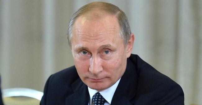 Saudi Arabia, Russia May Cut Oil Production