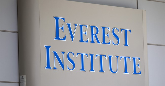 Gov't severs ties with accreditor of for-profit colleges