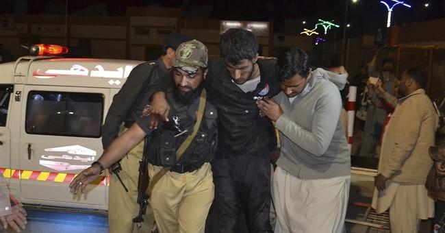 Militants attack Pakistan police academy, killing 61