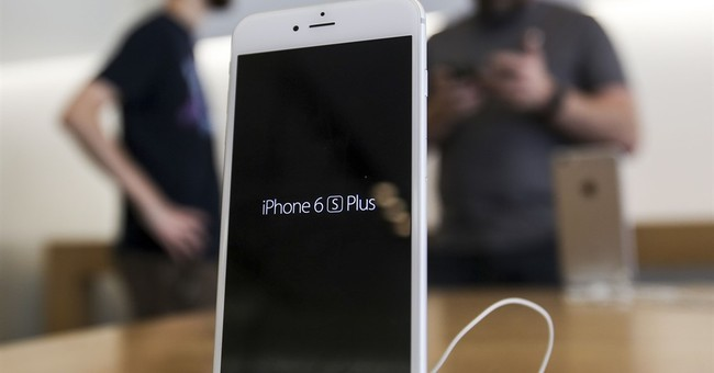 Some victims in terror attack support efforts to hack iPhone