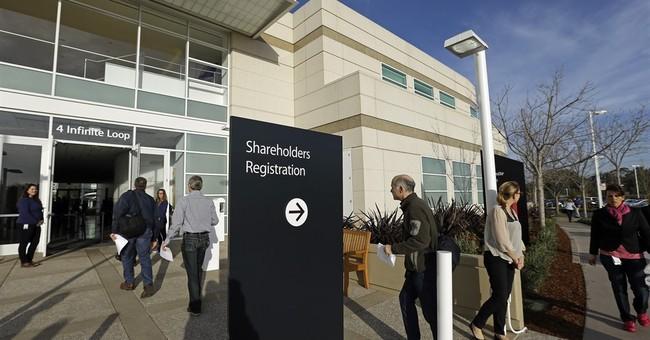 CEO Tim Cook defends Apple's resistance in FBI iPhone case