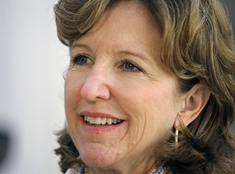 Is Hagan's Handshake With Obama The Kiss Of Death?