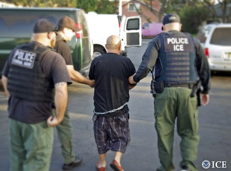Cruz Introduces Bill To Give ICE Agents More Resources