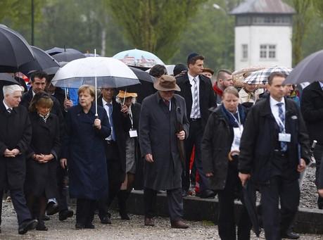 Merkel Joins Survivors, US Vets to Mark Dachau Liberation