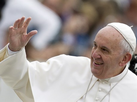 Americans Confused Over Pope Francis' Views on Gay Marriage