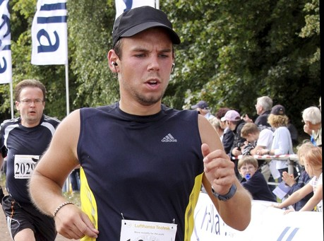 "Latest: Germanwings Co-Pilot Suffered From ""Illness,"" Ripped Up ""Sick Notes"" Day of Crash"
