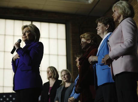 Speeches That Earned Clinton Millions Remain a Mystery