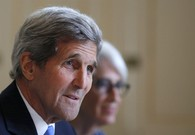 Kerry Consults US Partners Before Further Talks With Iran