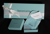 Strong dollar pressures Tiffany in 3rd quarter