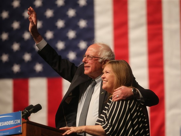 Jane Sanders Wants FBI To Speed Up Clinton Email Probe