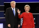 The Clinton/Trump debate face-off in under 2 minutes Hempstead, New York (CNN)Hillary Clinton stepped onto the debate stage Monday night determined to show that only one candidate is ready to be president.