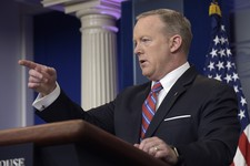 Report: Trump Won't Fire Spicer Because of His Ratings