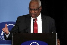 Justice Thomas Chides Colleagues for Ignoring Second Amendment Case