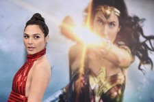 "Alamo Drafthouse's ""Women Only"" Wonder Woman Screening Highlights Elitist Hypocrisy"