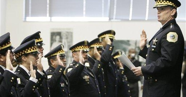 Chicago police chief walks on last day of contract