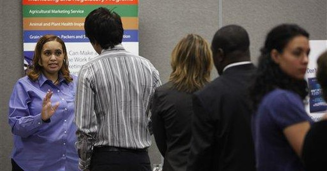 More Ohioans seek unemployment aid, US claims fall