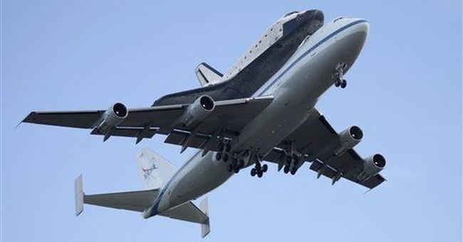 AA flight returns to Phoenix after smoke reported