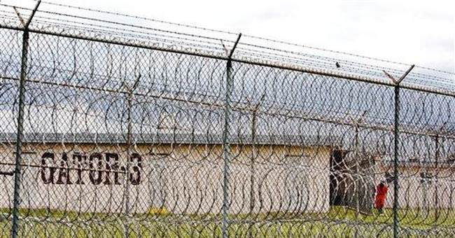 US prison in N. Louisiana on lockdown after fights