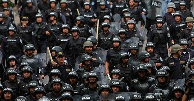 In Honduras, Etc.: Pas d'Ennemis a Gauche