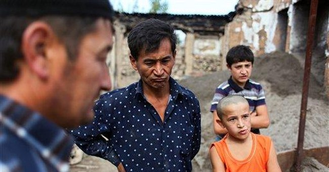 Uzbeks avoid politics in Kyrgyz divided south