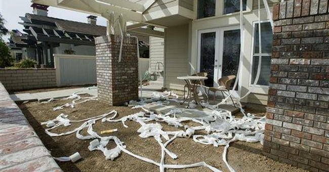 Pranksters target home of official in CA scandal
