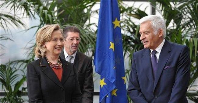 Sec'y Clinton decries ascending violence in world