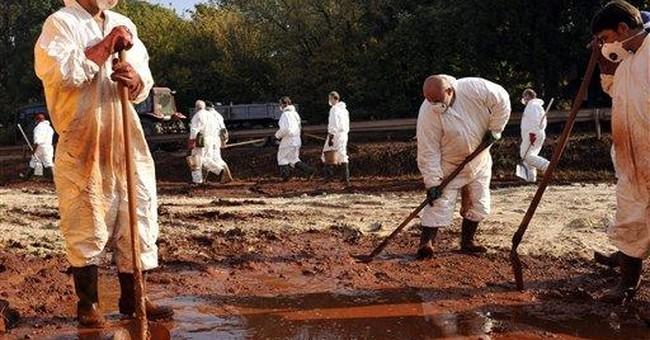 Crack on Hungary's sludge pool widens slightly