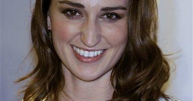 Singer Sara Bareilles to open for Obama in Vegas