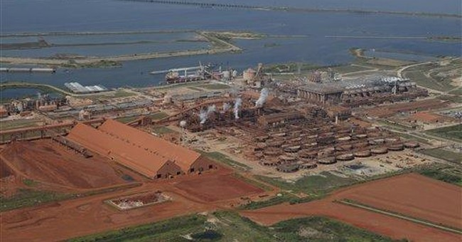 Red dust worries residents near US metals plants