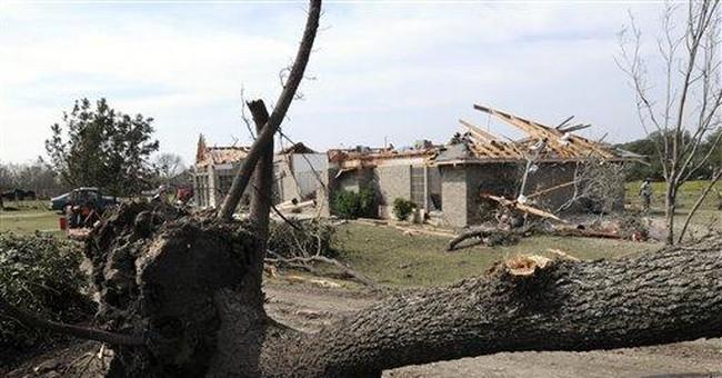 Texas tornadoes destroy homes, overturn train cars