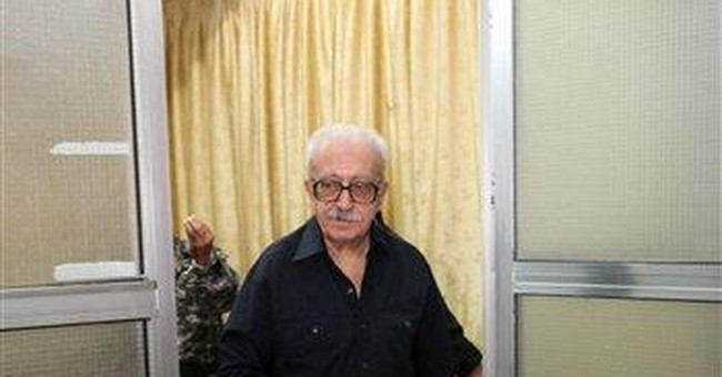 Saddam Hussein aide Tariq Aziz sentenced to hang