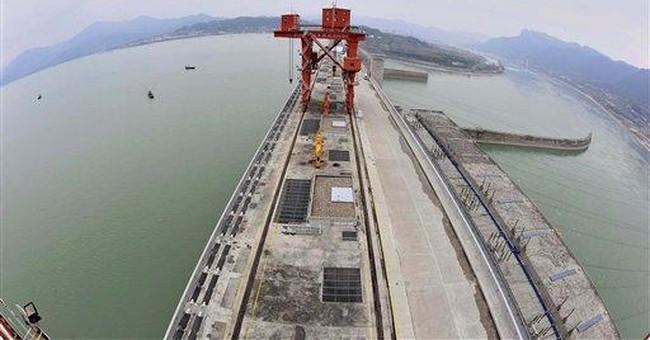 China's Three Gorges Dam reaches maximum capacity