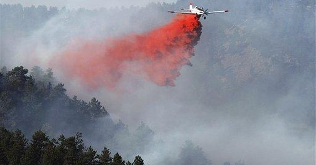 Authorities lift fire evacuations in Colorado