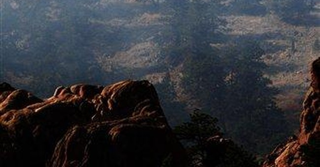 2 wildfires prompt evacuations in Boulder, Colo.