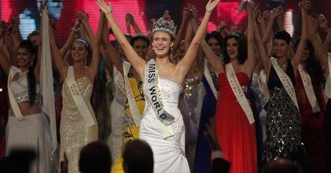 Soft-spoken 18-year-old American wins Miss World