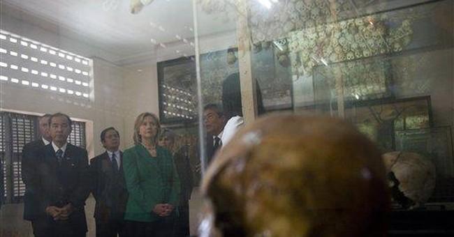 Clinton urges rights progress in Cambodia